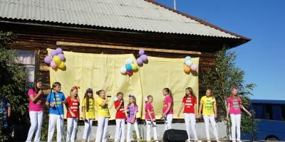 «Карусельки»  выступили на Дне села