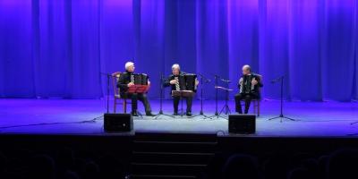Липецкое трио баянистов покорило слушателей виртуозным искусством